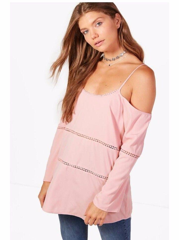 Ladies pink long sleeve crochet top