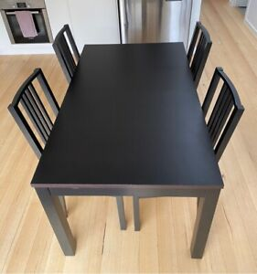 Table - Black - Extendable 4 Chairs