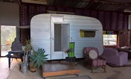 1968 Vintage Aluminium  Bubble Caravan
