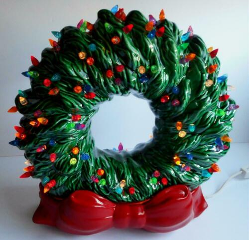Vintage Lighted Ceramic Christmas Wreath Tampa Bay Mold Green With Red Bow Base