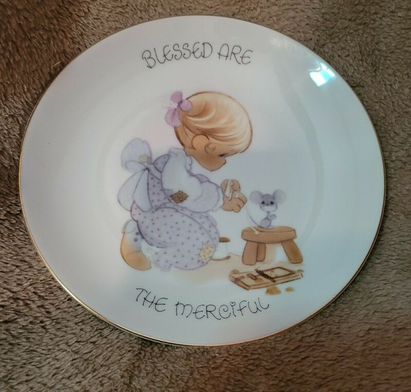 Precious Moments BLESSED ARE the merciful  collectors plate