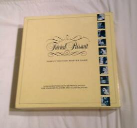 Vintage Trivial Pursuit Family Edition Master Board Game 1988. 6000 Questions.