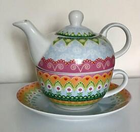 Beautiful Patterned French 'Barbier' Porcelain Three Piece Teapot/Saucer/Cup Set **VGC**