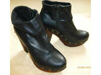 Love Label womens black faux leather ankle boots