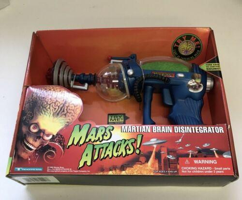 Mars Attacks! Martian Brain Disintegrator Trendmasters Blue New In Box