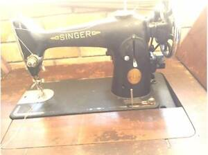 *** MUST SELL ***  3 x Vintage Singer Sewing Machines Labrador Gold Coast City Preview