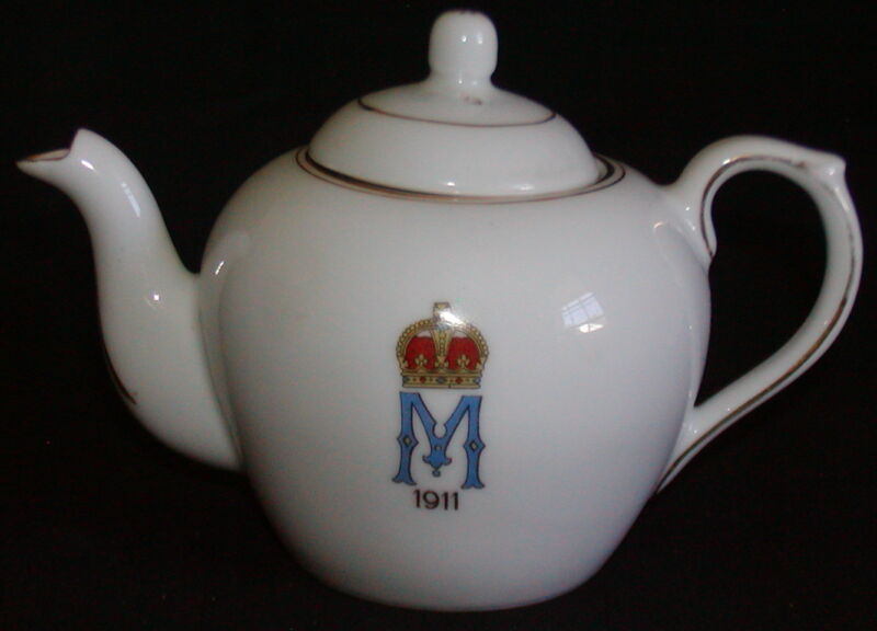 Queen Mary England Coronation Commemorative Teapot 1911 Royalty