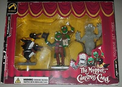 Muppets Christmas Carol Collectible Figurines & DVD ()