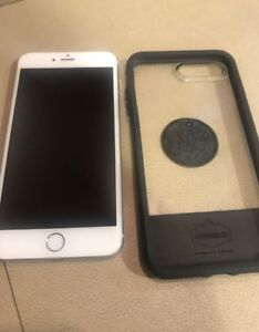 iPhone 6Plus Factory Unlocked Mint W OTTERBOX& Charger