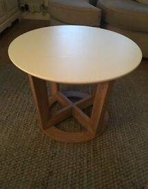Modern white wooden round coffee table