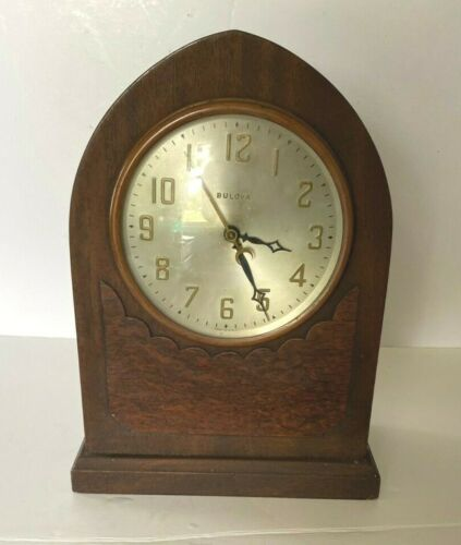 Vintage Bulova Model 1200 Cathedral Wood Electric Mantle Clock