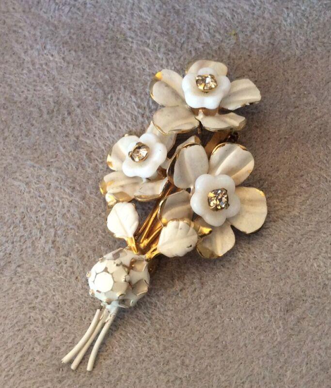 Vintage Brooch Flower Cluster White Enamel Rhinestones Gold Tone Austria