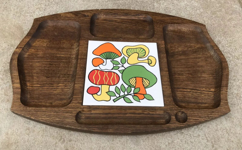 Gail Craft Vintage Cheese Board with Mushrooms