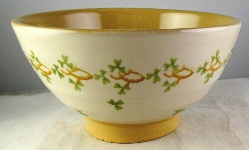 Nicholas Mosse Irish Pottery Unusual Clover Design Small Footed Bowl