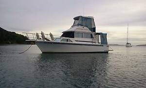 MARINER 30 FLYBRIDGE CRUISER Maryland Newcastle Area Preview