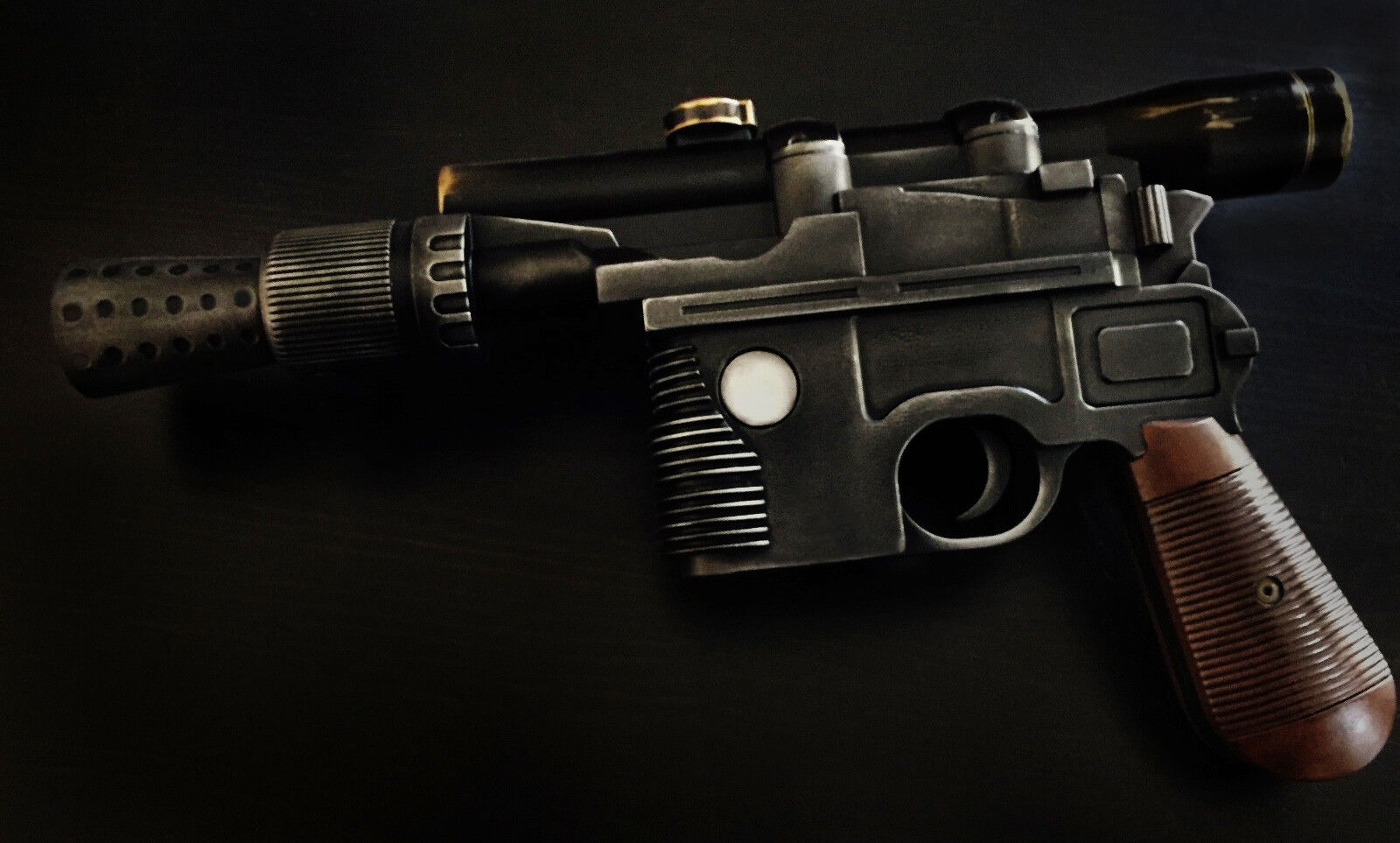 Купить Star Wars DL-44 Heavy Blaster Pistol -- Han Solo Blaster -- Cosplay -- Display