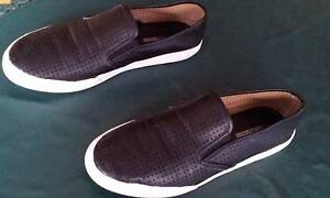 Ladies Casual Slip On Shoes Flat Black Size 8 Strathfield Strathfield Area Preview