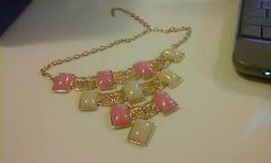 BNEW 3TIER GOLDY NECKLACE BLUE STONES PINK WHITE JEWEL STONES Kotara Newcastle Area Preview