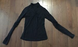 Lululemon Long Sleeved top - size 6