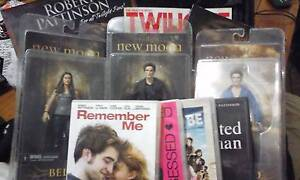 *BARGAIN!! NEW TWILIGHT/ROBERT PATTINSON ASSORTED COLLECTABLES* Port Kennedy Rockingham Area Preview