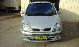 2003 Renault Scenic 5 door Wagon 4 Cyl 5 speed Luxury Low KM's Woodbine Campbelltown Area Preview