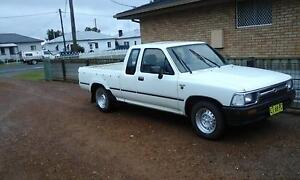 1993 Toyota Hilux Ute South Grafton Clarence Valley Preview