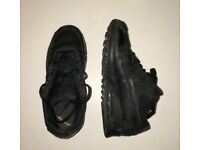 Black Nike AirMax size 5