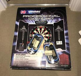 Winmau dartboard (Never opened)