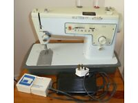 Singer ' True Stretch-Stitch' 413 Sewing Machine