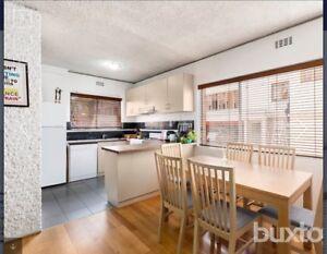 St Kilda single room for rent, fully furnished all bills inc