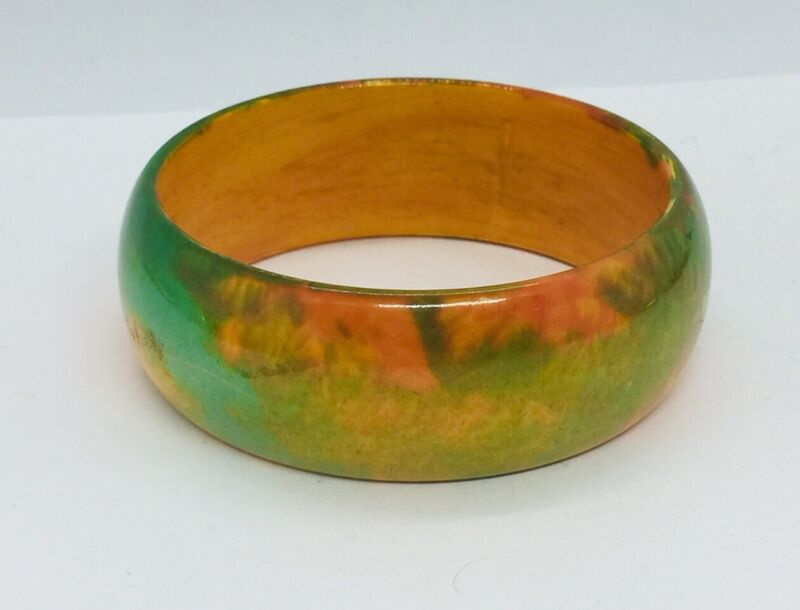 Antique Green Yellow Red End Of Day Bakelite Earth Tones Bangle Bracelet