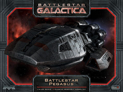 Battlestar Galactica Pegasus Model Kit Moebius Models 1/4105 Scale
