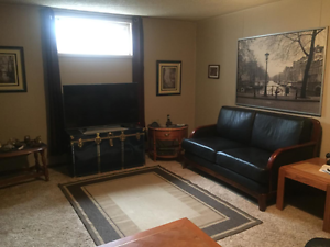 4 Bed/2 Bath Newly Renovated Bungalow With In-Law Suite!!! Edmonton Edmonton Area image 16