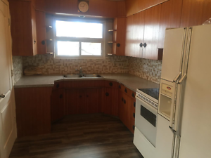 4 Bed/2 Bath Newly Renovated Bungalow With In-Law Suite!!! Edmonton Edmonton Area image 5