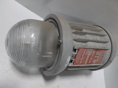 CROUSE-HINDS HAZARD-GARD ELECTRIC LIGHTING FIXTURE EVMCX 42150/480 CE S752