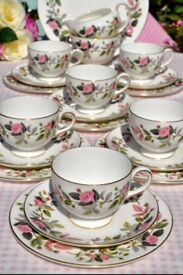 Large Wedgewood Hathaway Rose Collection