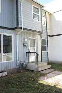 Renovated Full House w/ 3 Bedrooms! 199E Homestead Crescent!