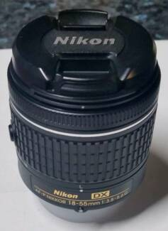 Nikon AF-P DX NIKKOR 18-55mm f/3.5-5.6G in Perfect Condition