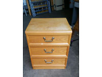 3 Drawers Chest of Drawers