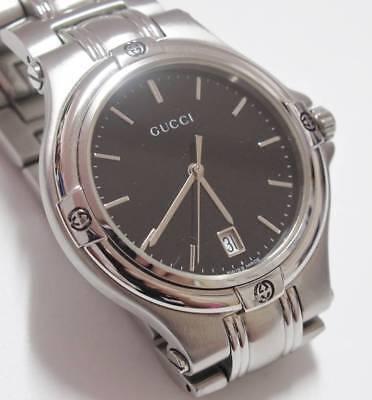f6d0d11e6f2 Vintage Gucci 9040m Midsize Black Dial 35mm Stainless Steel Quartz Watch  TP066A