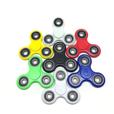 Hand Spinner 7 Colors GLOW N DARK Tri FIDGET CERAMIC BALL TOY EDC KIDS OR ADULT*