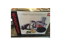 FREE: Accessories for a compact food Processor
