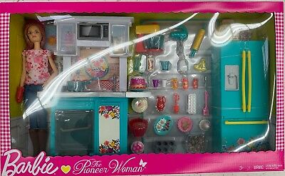 Barbie Pioneer Woman Ree Drummond Kitchen Playset With Cooking Chef Doll NIB
