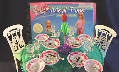 FANCY LIFE DOLLHOUSE FURNITURE MEAL TIME 4 Chairs+Accessorie DINING ROOM PLAYSET