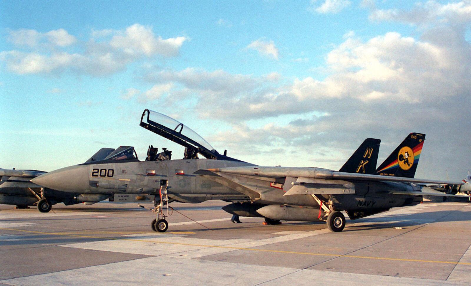 VF-31 TOMCATTERS HAT PATCH DESERT FLIGHTSUIT FELIX CAT US NAVY USS PIN UP WING