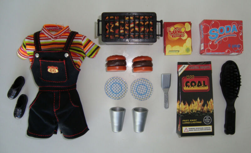 Barbie Clothes/Fashions Barbecue Attire W/ Accessories Adorable! NEW!