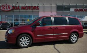2013 Chrysler Town & Country Touring ACCIDENT FREE - DVD - ST...