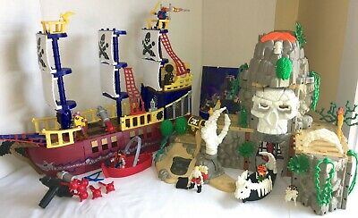 Fisher Price Imaginext Pirate Raider Deluxe Ship & Phantom Skull Island LOTS2DO!