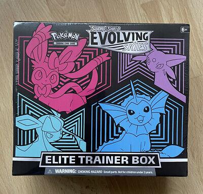 Pokemon Elite Trainer Box 2021 Épee & Bouclier «Evolution Celeste»