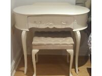 Shabby Chic French dressing table and chair